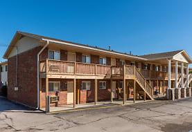 Redstone Commons, Davenport, IA