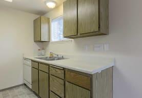 Evergreen Meadows Apartments, Puyallup, WA