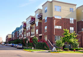 808 Berry Place, Saint Paul, MN