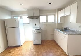 137-34 Mulberry Ave 2ND, Queens, NY
