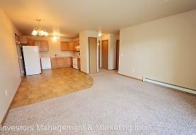 425 E. Calgary Avenue/3635-3645 Valcartier Street, Bismarck, ND