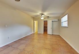 315 Thornton Ln Apt C, Orlando, FL