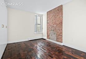 184 Hull St D, Brooklyn, NY