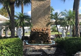 2551 W Golf Blvd 205, Pompano Beach, FL