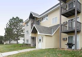 Woodridge Apartments, Northfield, MN