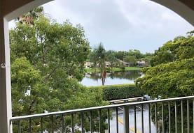 12118 St Andrews Pl 303, Miramar, FL