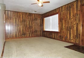 111 E Marshall Dr, Midwest City, OK