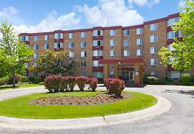 Maple Leaf Apartment Homes, University Park, IL