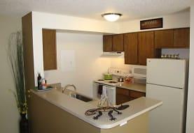 Hunters Run Apartments, Denver, CO