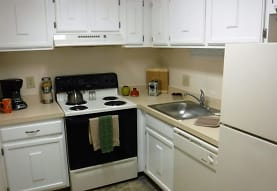 Montcalm Heights Apartments, Chicopee, MA