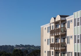Westlake Village, Daly City, CA