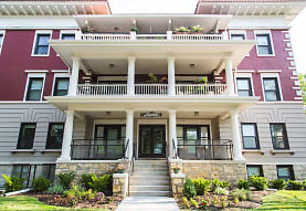 The Colonnades, Kansas City, MO