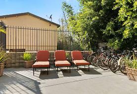 Vista Apartments, Los Angeles, CA