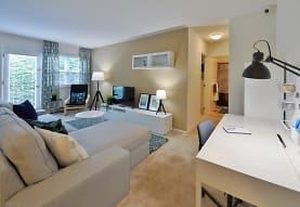 Kingswood Apartments & Townhomes, King of Prussia, PA