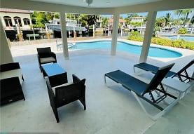 2245 SE 14th St, Pompano Beach, FL