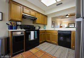 6155 N 28th Pl, Phoenix, AZ