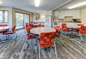 Lakewood Hills Apartments, White Bear Lake, MN