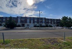 420 Beachway Ave, Keansburg, NJ