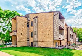 Park Downs Apartments, Fargo, ND