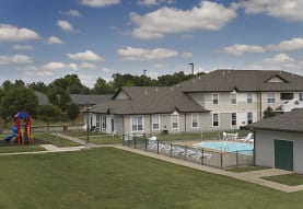 Chesterfield Village Apartments, Springfield, MO