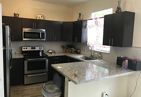 2169 NE 7th St, Homestead, FL