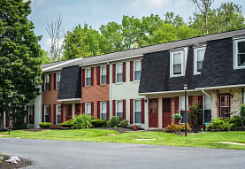 Windsor Court Townhomes, Lancaster, PA