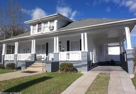 509 E 4th St, Greenville, NC