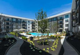 Berkley House Luxury Apartments, Columbus, OH