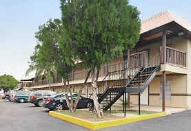 Crossings Apartments, McAllen, TX