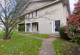 Crosscreeks Apartments and Townhomes, Temperance, MI