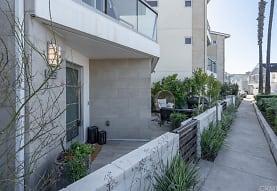 5512 Seashore Dr, Newport Beach, CA
