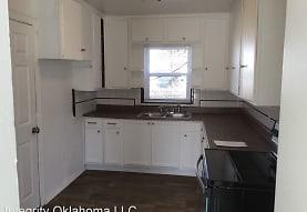 1933 NE 26th St, Oklahoma City, OK