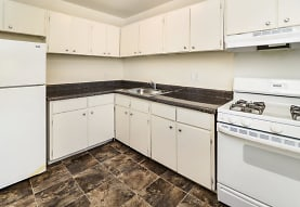 Longview Apartment Homes, Wilmington, DE