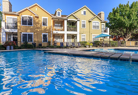 Lakepointe Residences, Lewisville, TX