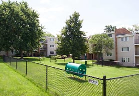 The Village At Grant Square, Omaha, NE