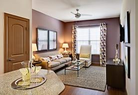 Grapevine Station Apartments & Cottages, Grapevine, TX