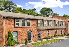 Cedar Point Apartments, Roanoke, VA