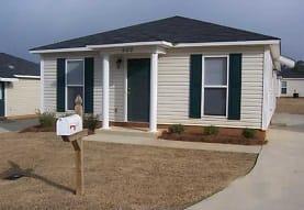 The Woodlands: Apartment Home Community, Opelika, AL