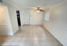 1056 Benoist Farms Rd 101, Royal Palm Beach, FL