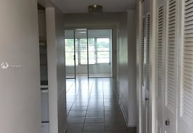 6350 NW 62nd St 211, Fort Lauderdale, FL