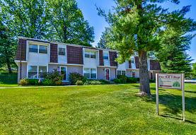 Pine Hill Village Apts Apartments - York, PA 17404