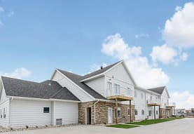 Village Green Apartments & Townhomes, Moorhead, MN