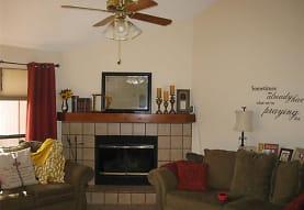 2604 Dalewood Ct, Bedford, TX