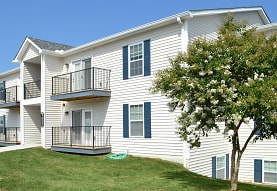 Willow Run Apartments, Clinton, TN