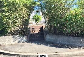 623 Garretson Ave, Rodeo, CA