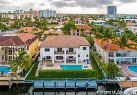 16433 NE 31st Ave, Miami, FL
