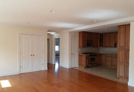 42-23 212th St 4A, Queens, NY