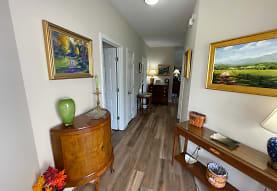 209 Retreat Ln, Huddleston, VA