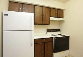 Hampton Park Apartments - Sheffield Village Apartments, Valparaiso, IN