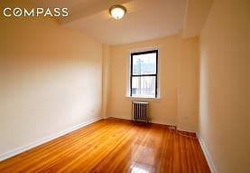636 W 174th St 4-C, New York, NY
